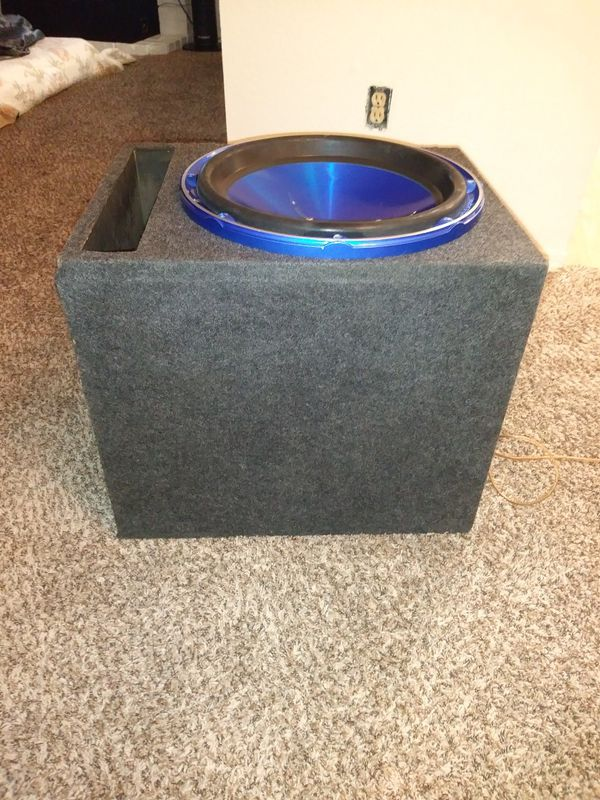 Audiopipe 1000rms 15in sub with ported box for Sale in Federal Way, WA -  OfferUp