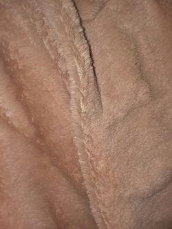 Luxury Blanket and cardigan bundle Thumbnail