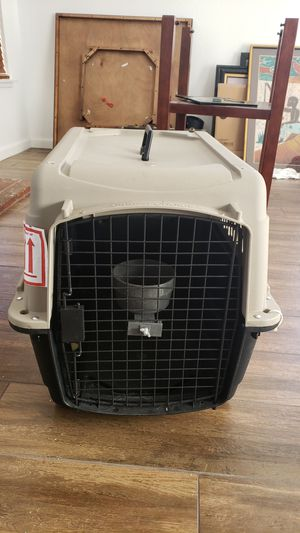 Great choice animal crate for Sale in Moreno Valley, CA