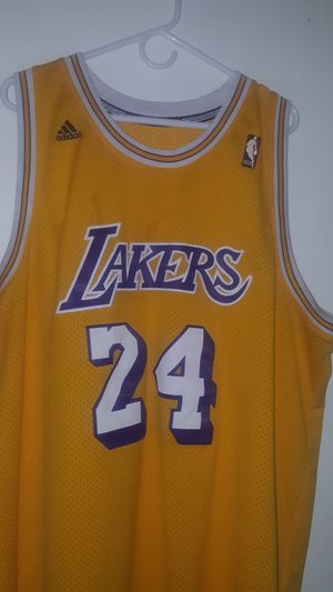 sneakers for cheap d8d20 4d863 Adidas Hardwood Classics Vintage Kobe Bryant Jersey for Sale in  Albuquerque, NM - OfferUp