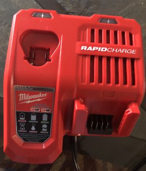 Milwaukee M12/M18 Lithium-Ion Battery Rapid Charger for Sale in Orlando, FL