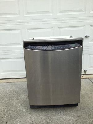 Photo GE Profile stainless steel Dishwasher