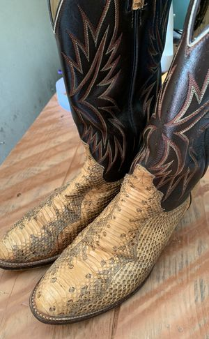 Dan Post boots snakeskin size 10 for Sale in Austin, TX
