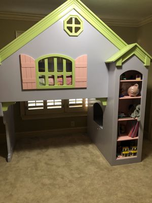 Photo Dollhouse bed twin on top and you also have the option of a full on bottom or the bottom area can be used as a reading nook etc