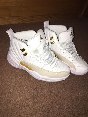 5469969203c692 ALL WHITE Retro Jordan s 12 woman s 6.5 for Sale in Milford