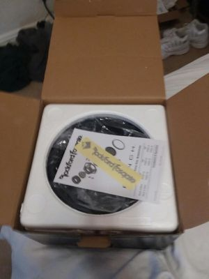 Photo 10 Never used Rockford Fosgate p|3 punch subwoofer