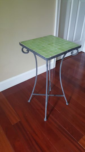 Side table for Sale in Clifton, VA