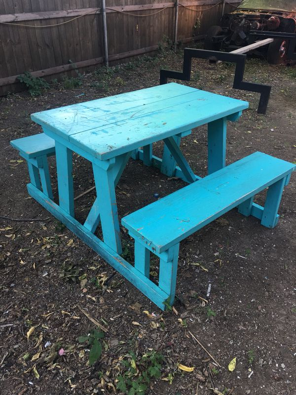 Used Picnic Tables Four Foot Six Foot Twenty Five To Fifty Dollars