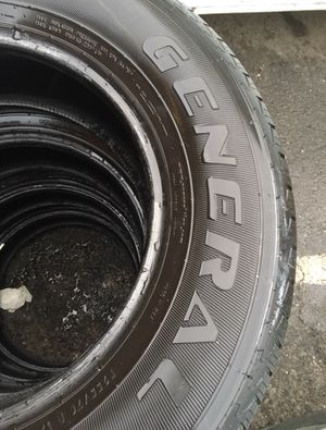 4 set off used tire 255/70/r17 all is $140 for Sale in Leesburg, VA