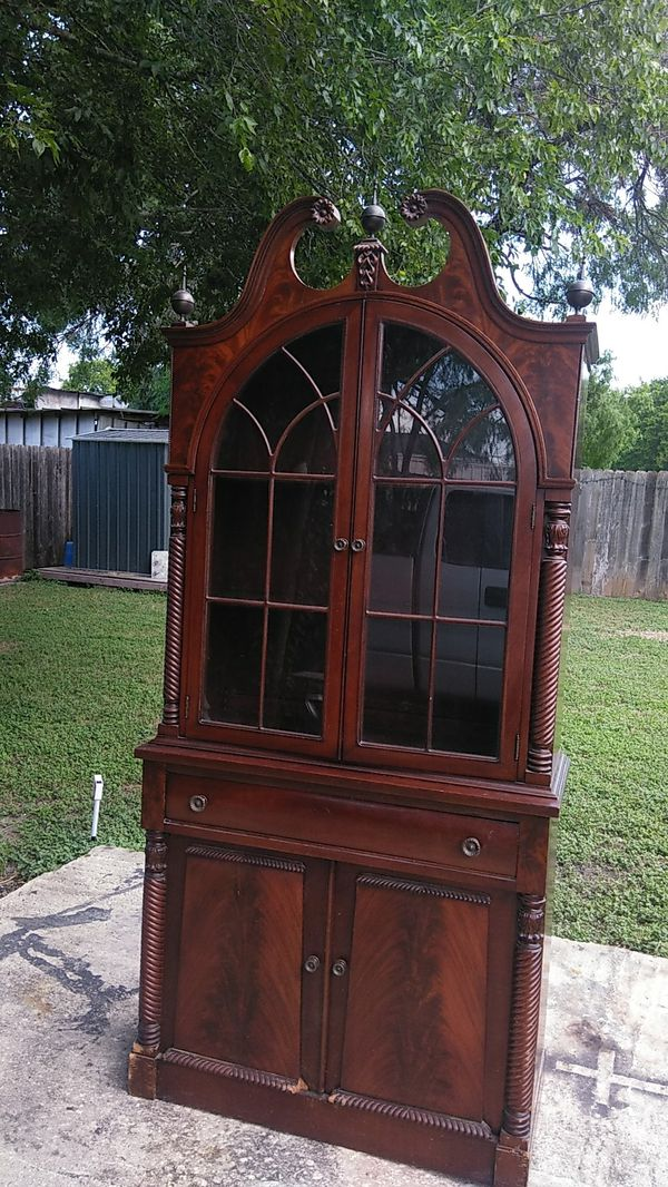 China cabinet with lights for Sale in San Antonio, TX ...