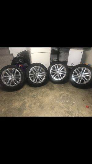 4 rims Ford F-150 expedition 22 inch with tires Pirelli scorpion Factory original for Sale in Silver Spring, MD