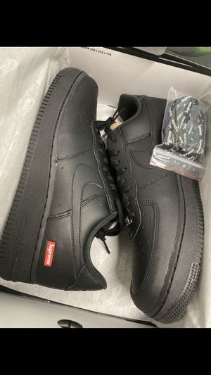 Photo Nike supreme Air Force 1 size 12 Black