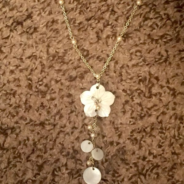 Beautiful Handmade White Flower Statement Necklace For Sale In
