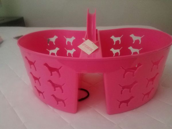 Victoria\'s Secret) Pink shower caddy for Sale in Hemet, CA - OfferUp