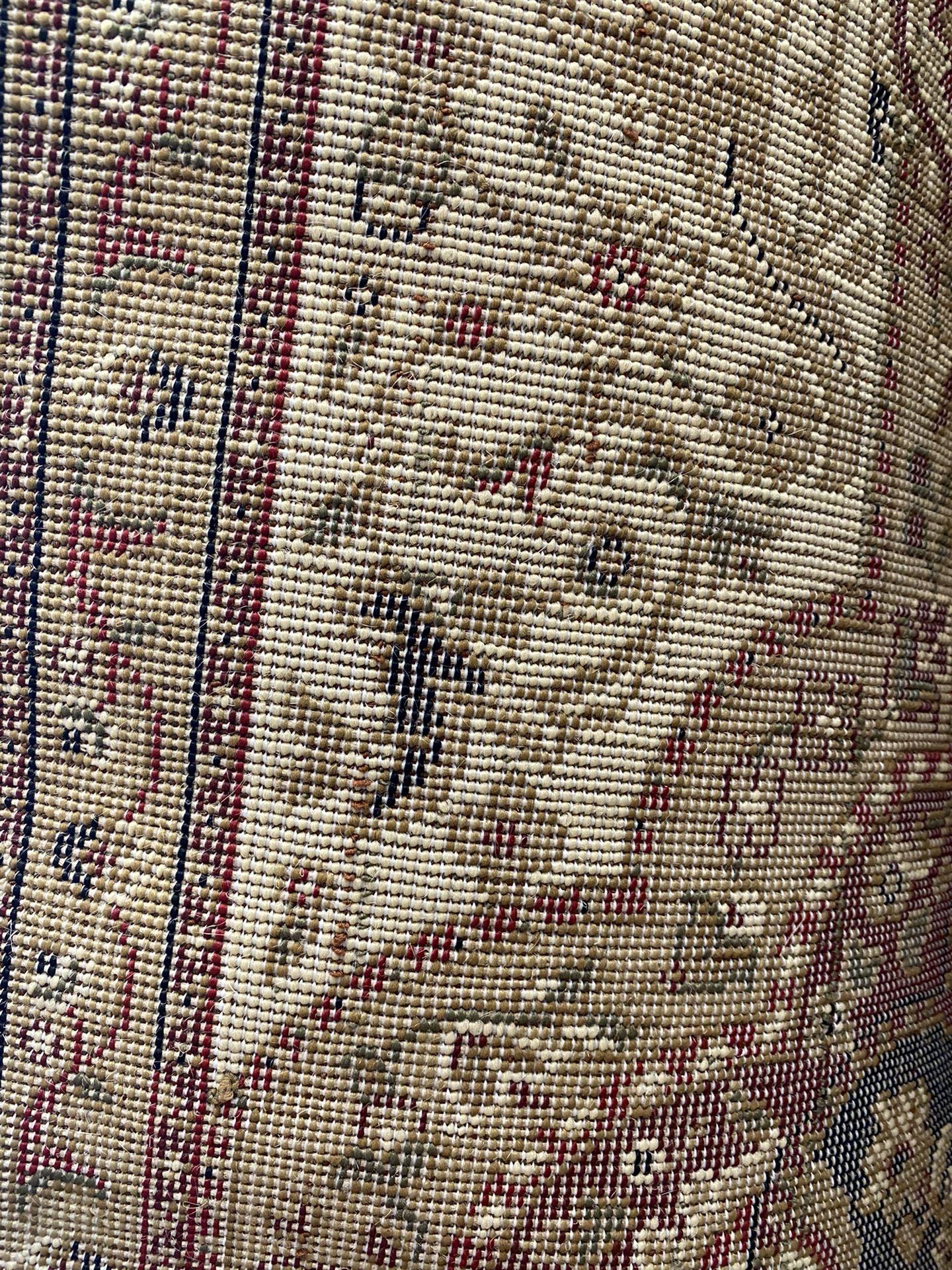 5/7 black red beige color classic design Persian medallion style carpet.