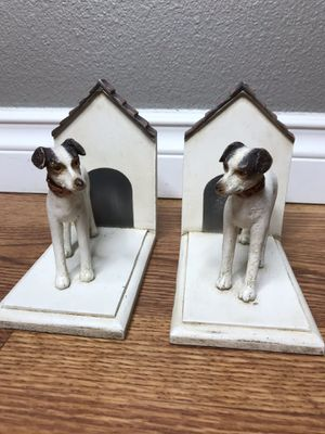 Dog bookends doghouse decor for Sale in Tacoma, WA