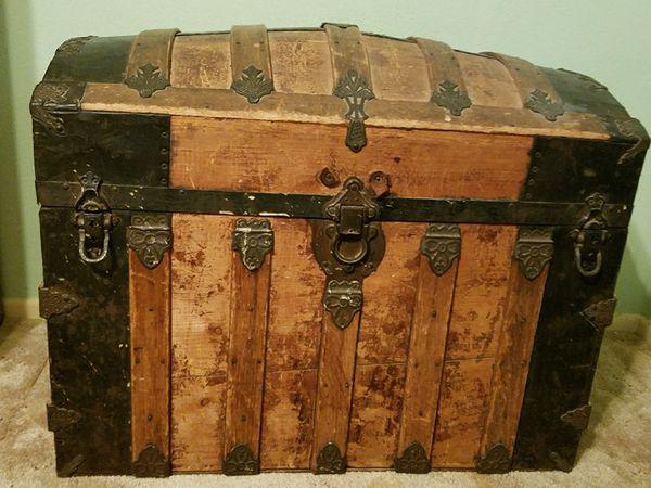 Antique Camelback Trunk For Sale In Kingsburg Ca Offerup