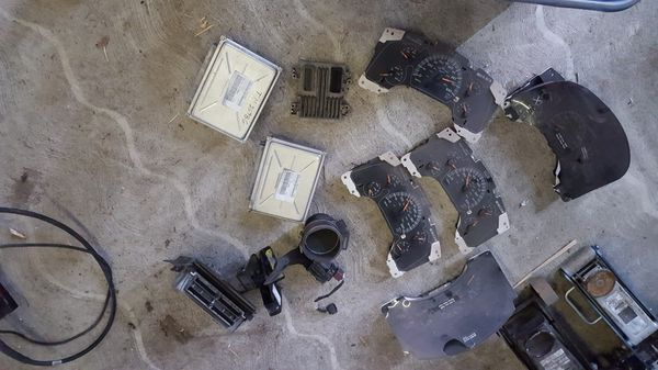 Ls swap parts ipc , intakes , Pcm for Sale in Vancouver, WA - OfferUp