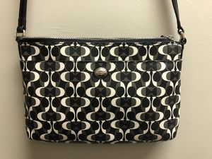 Coach crossbody purse for Sale in Inwood, WV