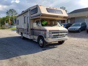 Photo 1988 chevy g30 rv motorhome-50k miles- runs and drives, clean interior