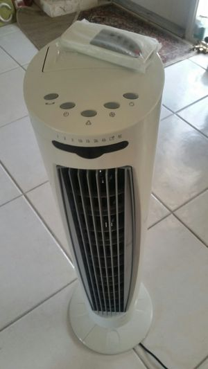 New unused tower fan with remote multiple speed ion for Sale in Coconut Creek, FL