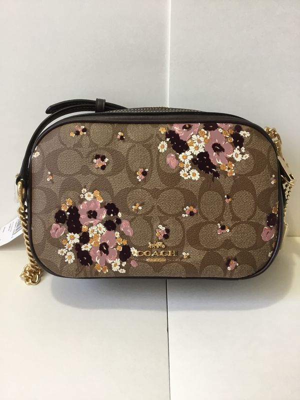 fbe918eb69c2 COACH Isla Chain Crossbody With Floral Flocking for Sale in Alhambra ...