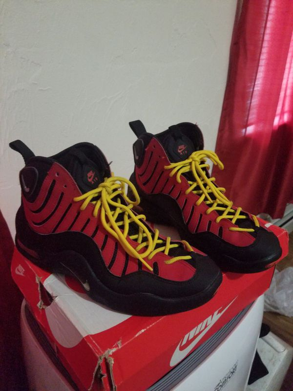 newest 74a85 c91c9 Nike bakin size 9.5. Providence, RI