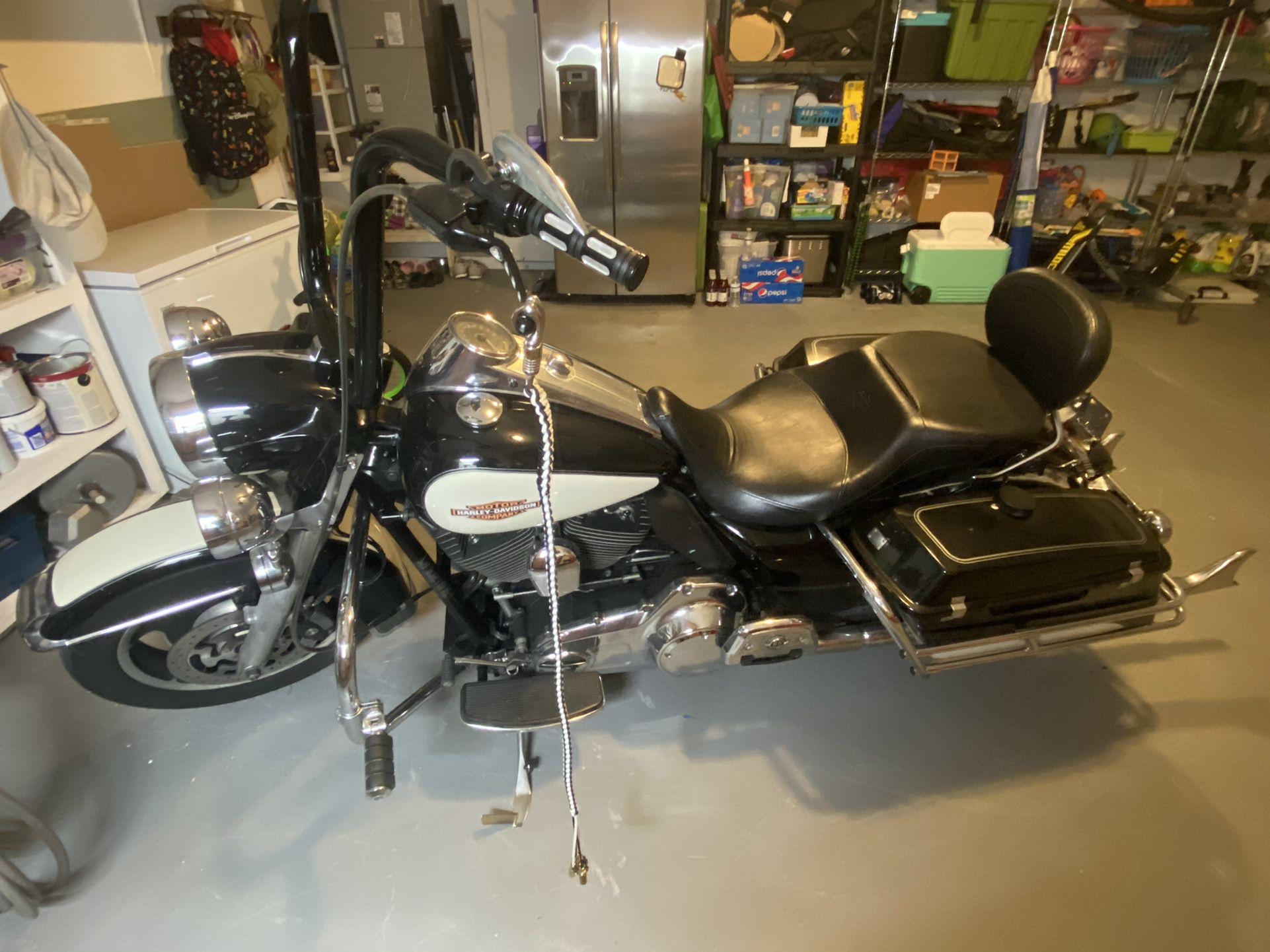 Photo 2012 Harley Davidson Road King