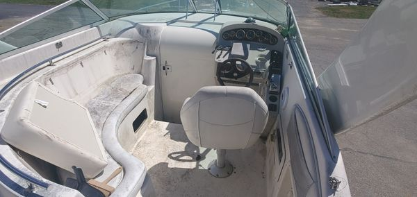 2001 rinker 27 ft with trailer