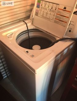 LIKE NEW KENNMORE WASHER AND DRYER Thumbnail