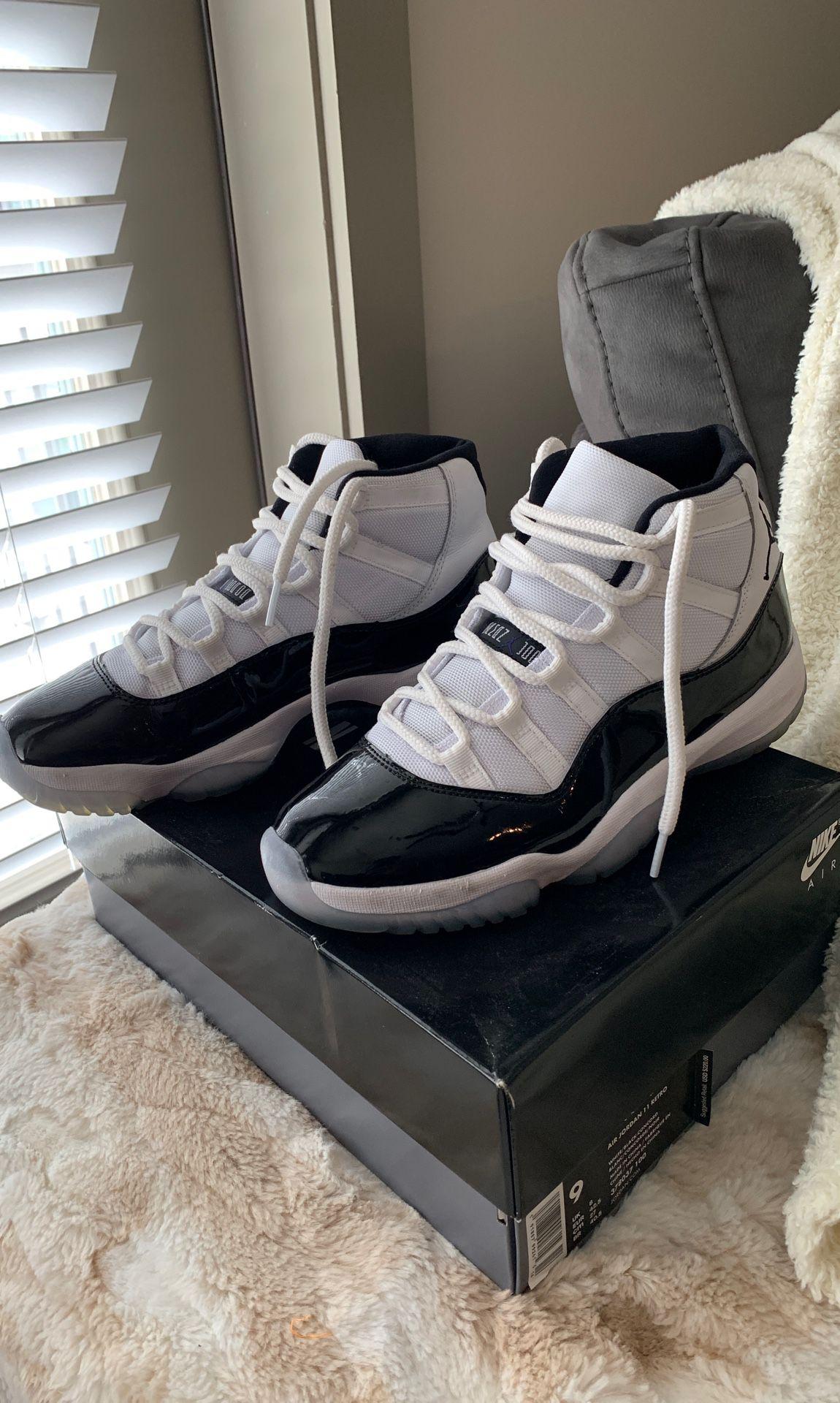 Concord 11 Size 9