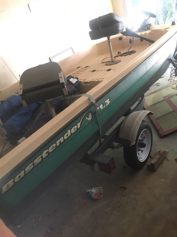 Used Car Dealerships In Memphis Tn >> Bass tender boat for sale I need it gone today for Sale in Memphis, TN - OfferUp