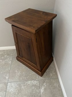 Music Stand / Plant Stand with shelve Thumbnail