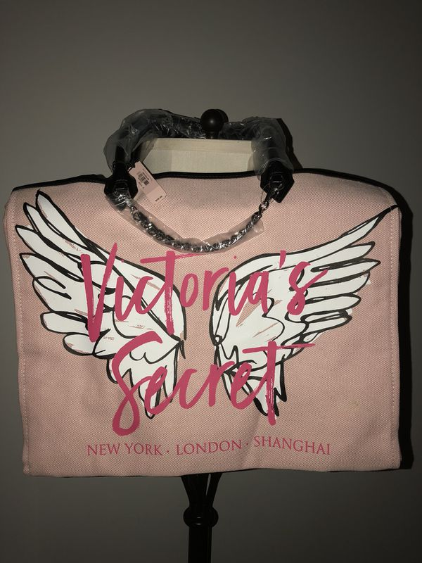 7bdff37d8 Victoria's Secret Angel city tote for Sale in Virginia Beach, VA ...