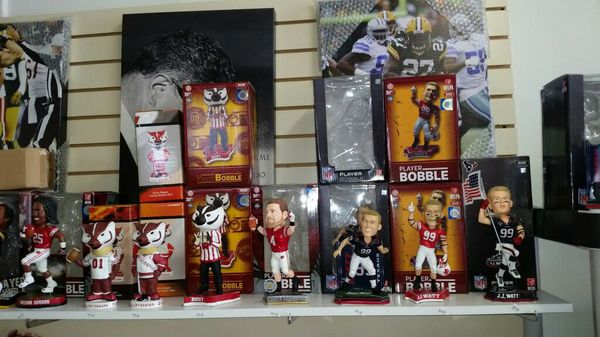 Wisconsin Badgers Bobbleheads For Sale In West Allis Wi Offerup