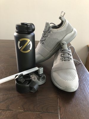 BBB Ball Trainer size 10 & 32oz Water bottle for Sale in San Marcos, CA