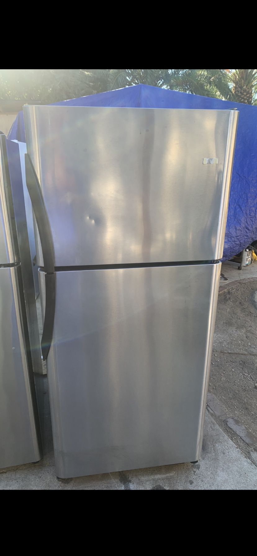 Stainless Steel Frigidaire FREE Delivery 🚚 In San Fernando