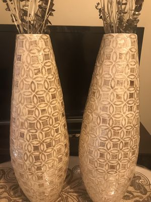 """Set of 2 capiz vases 25"""" free bamboo sticks click on my profile picture to check out my other listings message me if you interested pick up in Gaithe for Sale in Gaithersburg, MD"""
