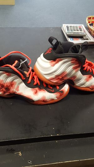 77532a59a1f19 Nike foamposite mens size 10.5 for Sale in Ocala