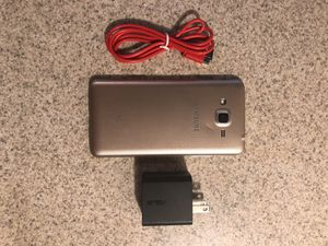 Samsung J3 with 32gb mem card for Sale in Seattle, WA