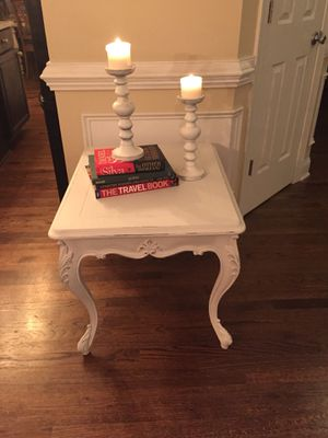 White table for Sale in New Hill, NC