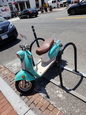 Wolf Islander Scooter - 50cc engine for Sale in Washington, DC