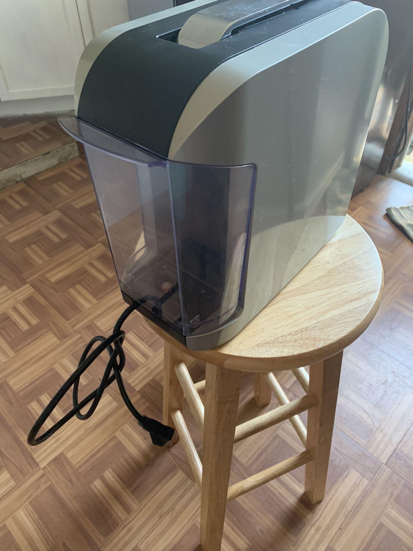 Verismo Starbucks K-Fee 11 5P40 Coffee Maker & Espresso Pod Machine