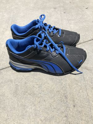 9f18254627f29f Puma shoes worn once size 2 for Sale in Rosemead