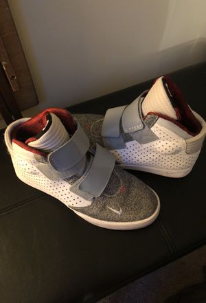 Nike Flystepper Sneakers Shoes 2K3 Size 8 for Sale in UNIVERSITY PA, MD