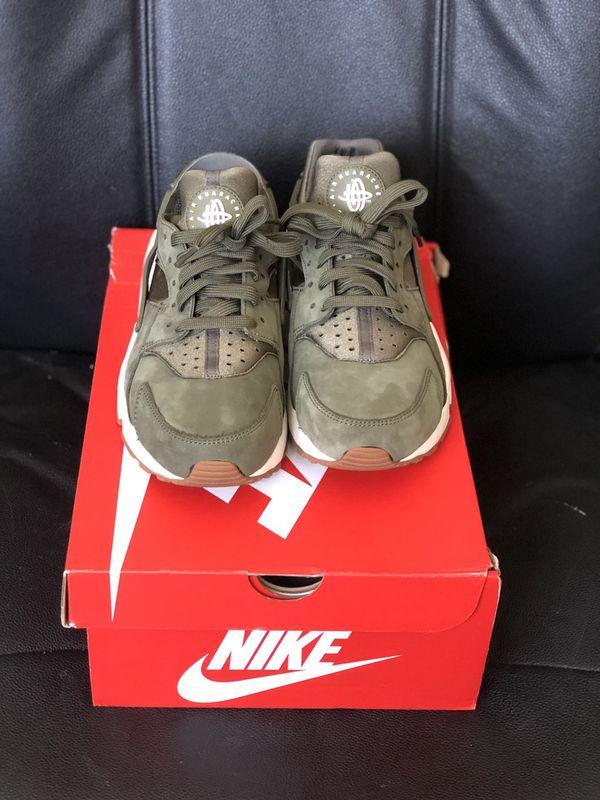 162f4b9edc Olive Green Nike Huarache Sneaker Shoes 8W/6.5M for Sale in Long ...