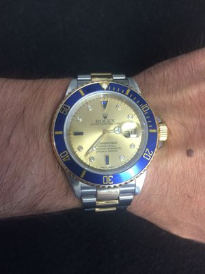 Rolex Submariner 40mm 2 tone 18k gold oyster band champagne diamond and rubie face blue bezel mint condition for Sale in Orlando, FL