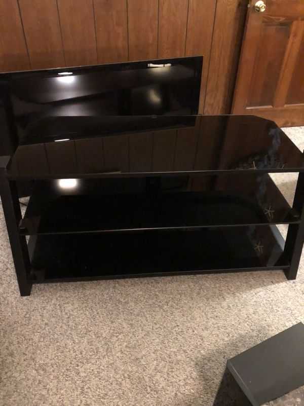 3 Level Glass Tv Stand 44 Length 22 Wide 22 Height For Sale In