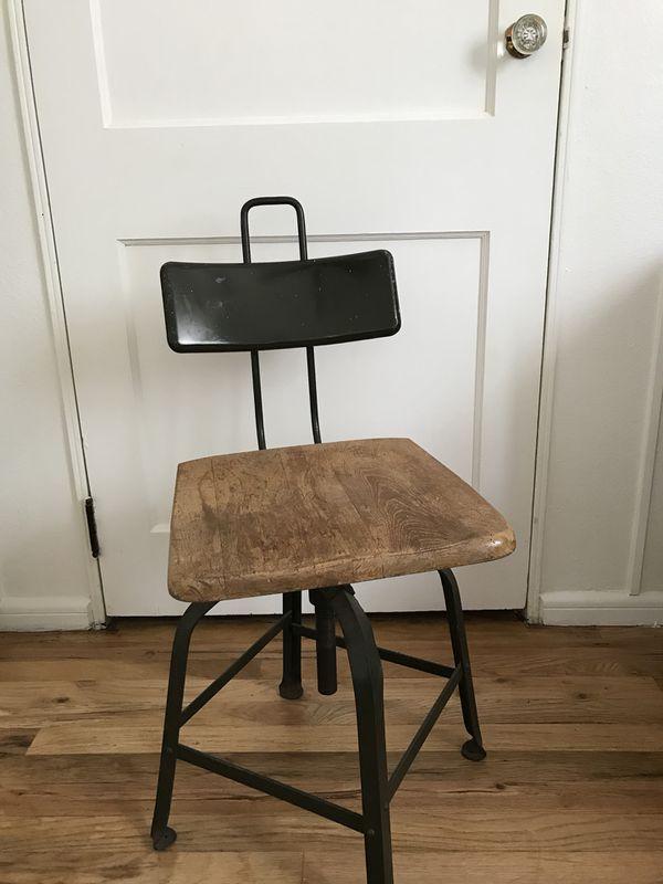 Antique School Desk Chair (Wooden/Iron) (Antiques) in Denver, CO - OfferUp - Antique School Desk Chair (Wooden/Iron) (Antiques) In Denver, CO