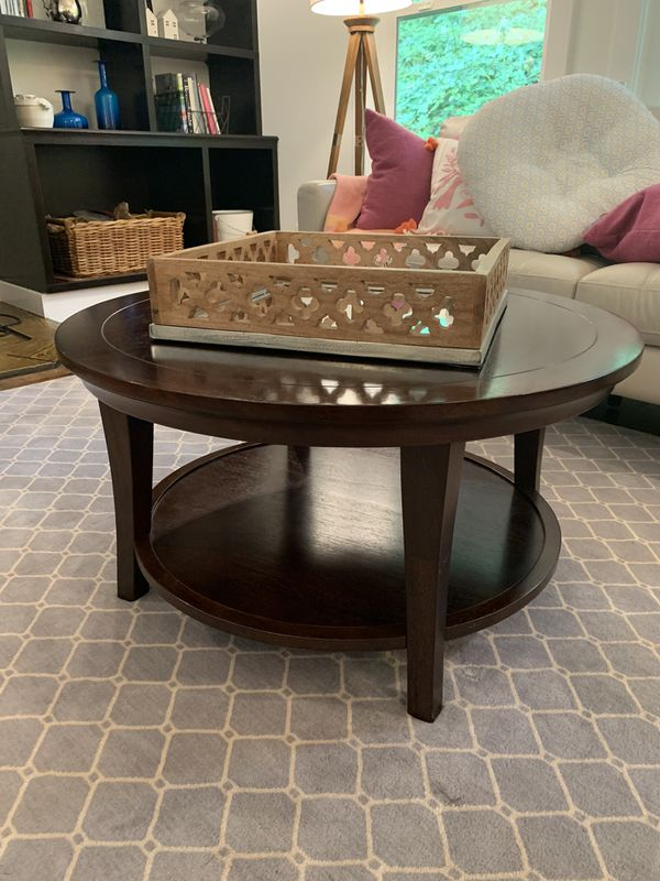 Pottery Barn Coffee Table Pending Pickup For Sale In